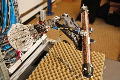 Robotlar Nesneleri Bükmeyi Öğrendi