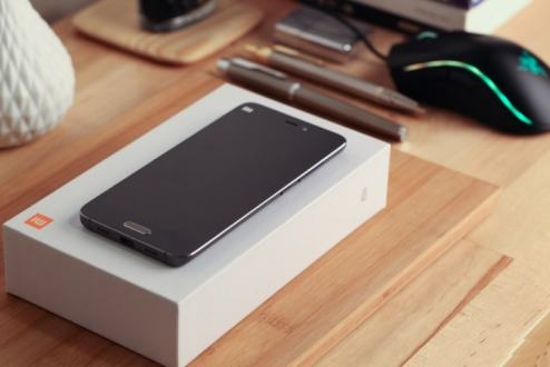 Xiaomi Mi 5 Kutusundan Çıkıyor