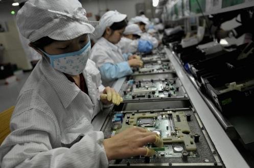 iPhone İşçileri Robot Oldu!