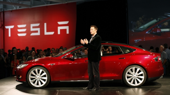 Tesla Model 3 Değişiyor!