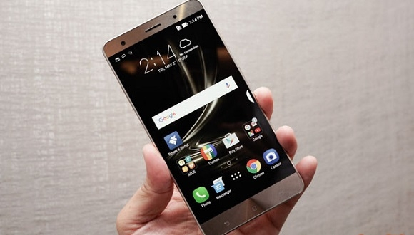 Zenfone 3 Deluxe İki Farklı İşlemciyle Geliyor