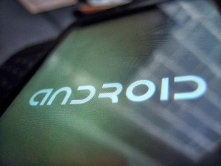 Android için Yeni Virüs Triada!
