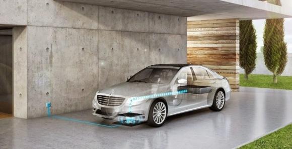 Mercedes Kablosuz Şarj Olacak!