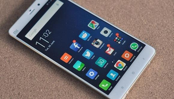Xiaomi Mi Note 2 İddialı Geliyor