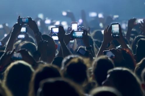 Konserlerde iPhone Kullanımı Yasaklanıyor!