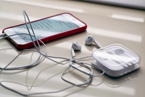 iPhone 7'nin Kulaklığı Nasıl Olacak?