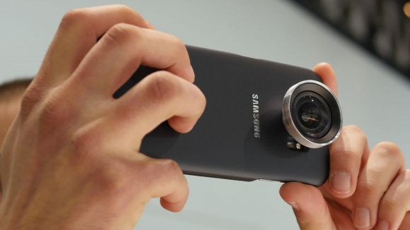 Galaxy S7 Edge için Lens Kitini İnceledik