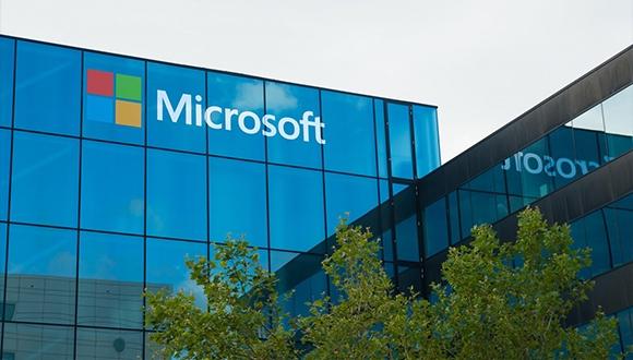 Microsoft, Facebook'u satın almak istemiş!