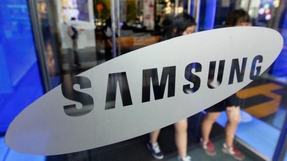 Samsung ofisine polis baskını!