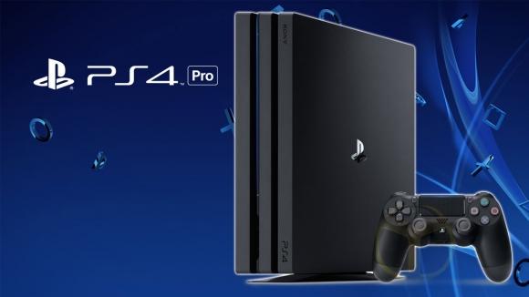 PlayStation 4 Pro kutusundan çıkıyor