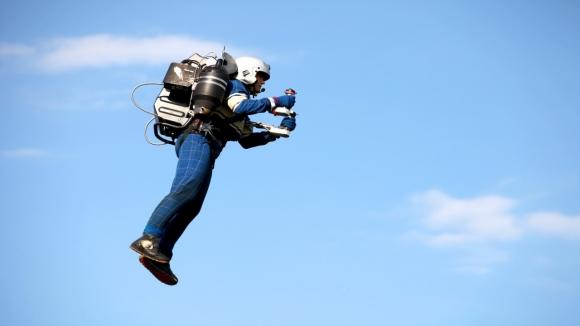 Uçmak isteyene JetPack ilkbaharda satışta