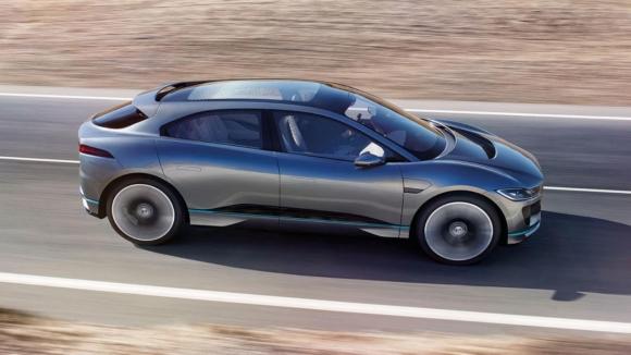 Jaguar elektrikili SUV tanıttı