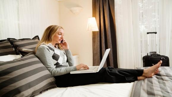 Otelde WiFi mi istersiniz seks mi?