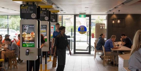 McDonald's sipariş yöntemini değiştiriyor