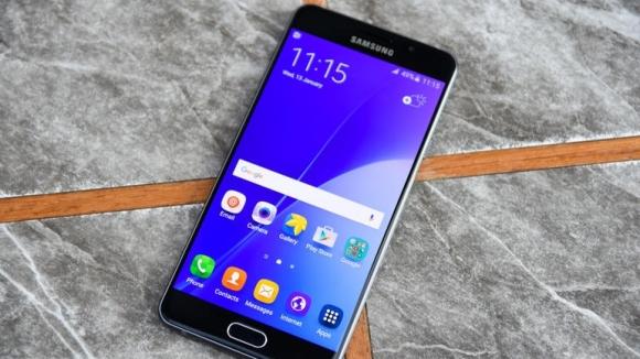 İşte net görsellerle Galaxy A3 ve A7 (2017)!