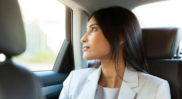 Kadınlar için araç paylaşım uygulaması