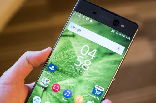 Sony, Xperia'da OLED mi kullanacak?