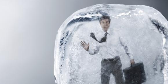 İlk dondurulan insan 50. yılına girdi