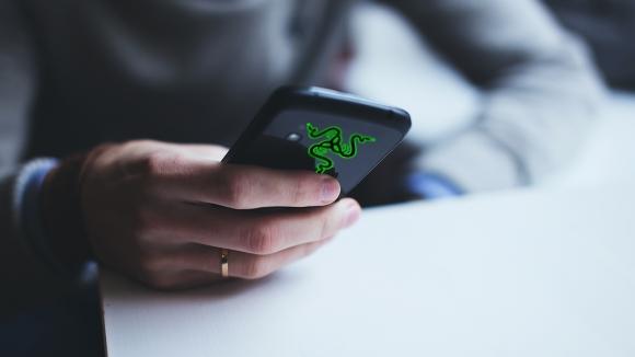 Razer akıllı telefon işine mi giriyor?
