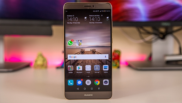 Huawei P10 Plus ortaya çıktı!