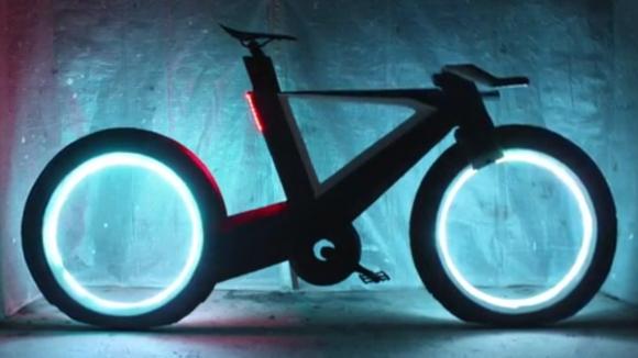 Tron kaçkını bisiklet Cyclotron