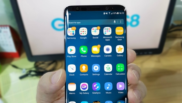 Samsung Galaxy S8'den yeni görüntüler!