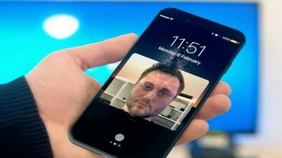 iPhone 8 ön kamerası çok farklı olacak!