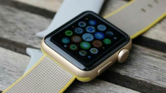 Apple Watch Series 3'ten ilk bilgiler geldi