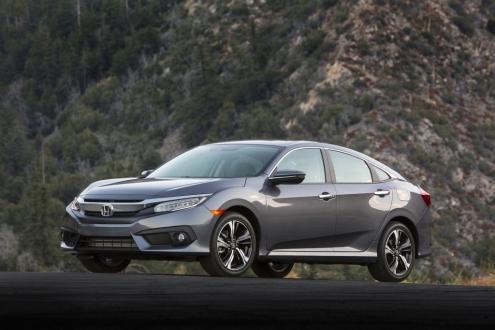 Honda Civic'ini otonom arabaya çevirdi!