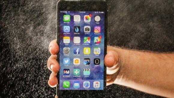 iPhone 7 Plus patladı!
