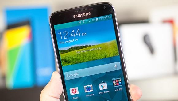 Samsung Galaxy S5 için yeni güncelleme!