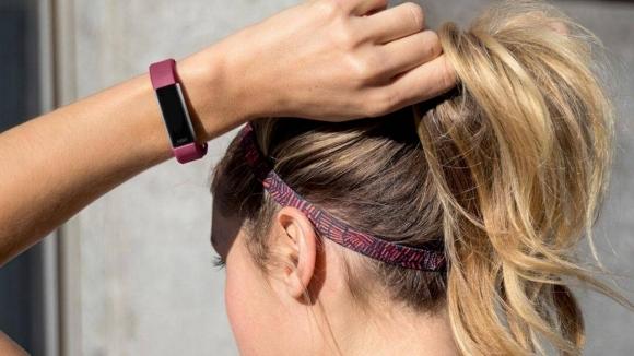 Fitbit Alta HR tanıtıldı!