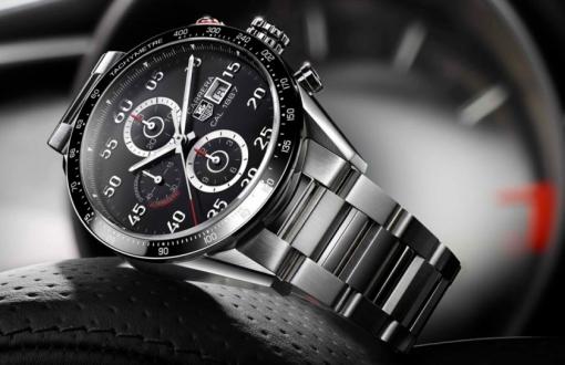TAG Heuer yeni akıllı saat modeli geliyor!