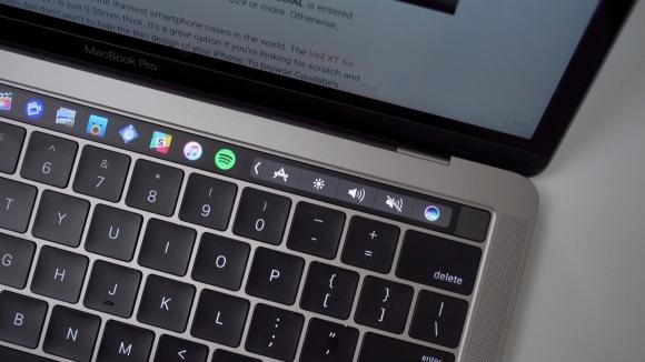 Yeni Macbook hacklendi!