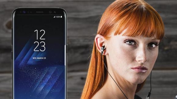 Galaxy S8'in AKG kulaklığı görüntülendi!