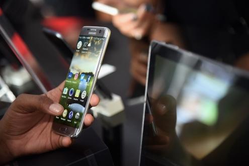 Samsung Bixby resmi olarak açıklandı!