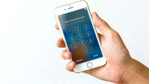 Apple'dan Türk hackerların iddialarına yanıt!