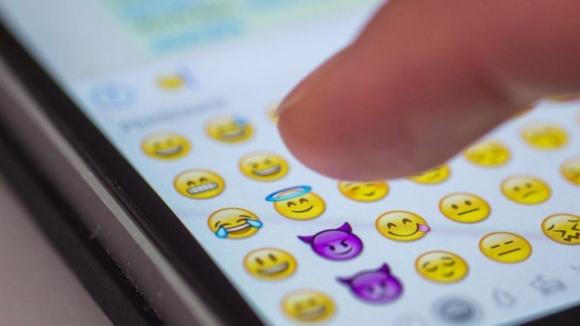 Akıllı telefonlara 69 yeni emoji geliyor!