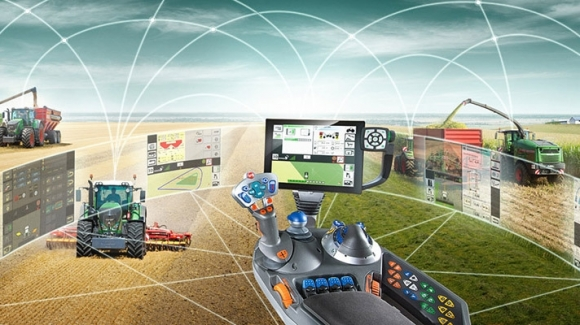 Teknolojik traktörler Konya Fuarı'nda