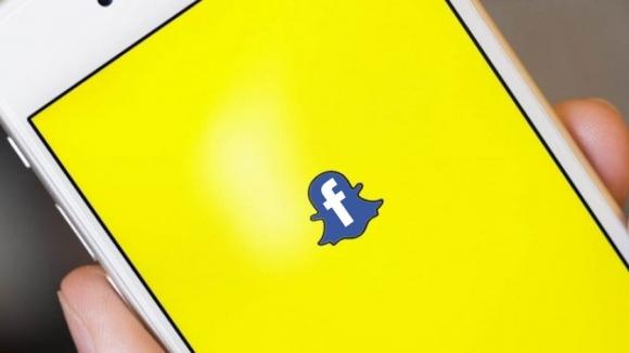 Instagram, Snapchat'i kendi silahıyla vurdu!