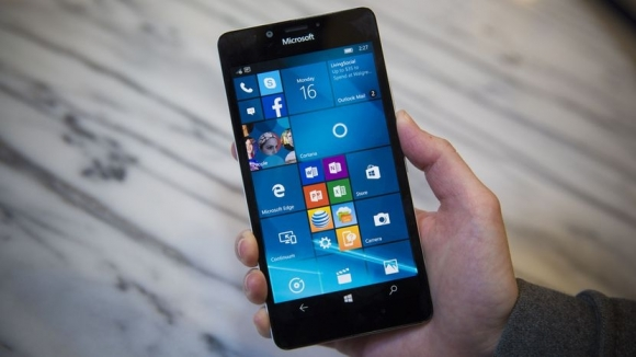 İptal edilen Microsoft Lumia modeli!