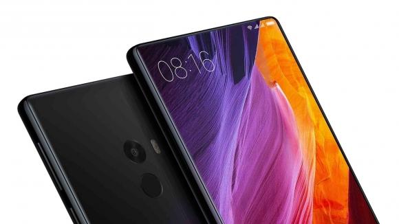 Xiaomi Mi Mix 2 canavar gibi geliyor!