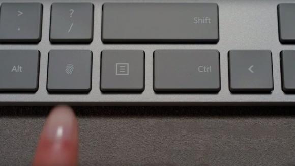 Sizi parmak izinizden tanıyan klavye!
