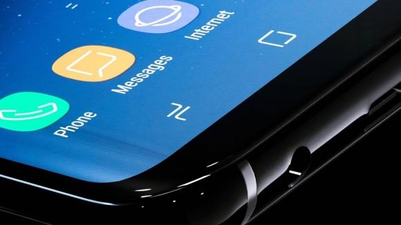 Note 8'de parmak izi tarayıcı çıkmazı!