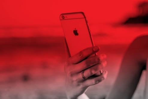 iPhone alana sınırsız internet 1 dolar!