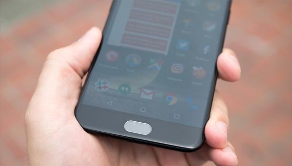 OnePlus 5 parçalarına ayrıldı!