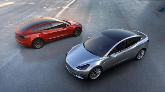 Tesla Model 3 ilk görseli paylaşıldı!