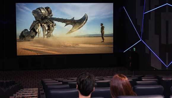 Samsung'dan sinemalara özel LED ekran!
