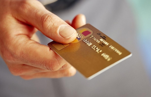 Kredi kartları internet alışverişine kapatılıyor!