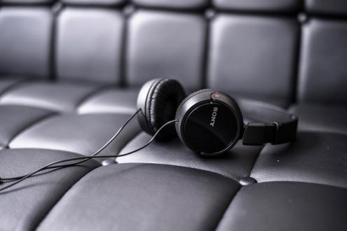 Xperia XA1 Ultra alana kulaklık hediye!